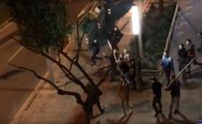 Una violenta batalla campal en Cornellà deja tres heridos graves