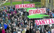 El grupo Simón de Otxandategi quiere poner a bailar a 700 dantzaris