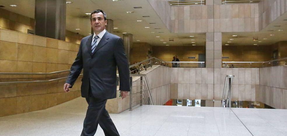Jabyer saldrá de la cárcel antes del verano y seguirá su batalla contra la Diputación