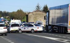 Una mujer de 72 años fallece arrollada por un camión al cruzar la N-634 en Amorebieta