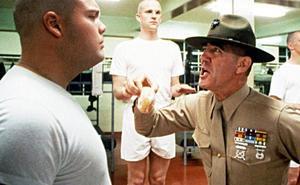 Muere a los 74 años R. Lee Ermey, el brutal sargento instructor de 'La chaqueta metálica'
