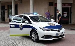 El Ayuntamiento de Etxebarri saca una OPE de ocho policías para cubrir la fuga de agentes
