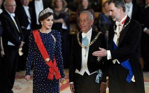 El Rey aplaude que España y Portugal «caminen juntos» tras «darse la espalda»