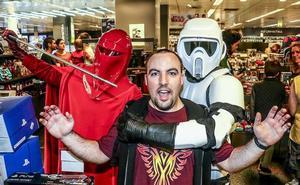 Las tropas de Star Wars aterrizan en Vitoria