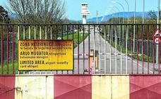 La irrupción de dos personas en una zona restringida de Foronda cuestiona su seguridad