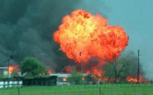 25 años de la matanza de Waco: 51 días de asedio que acabaron en tragedia