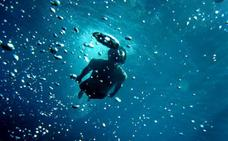 Científicos hallan adaptaciones genéticas al buceo en humanos