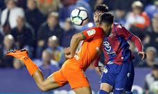 Boateng consuma el descenso del Málaga en la última jugada