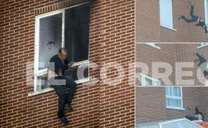 Dos mujeres asesinadas en Vitoria; el presunto agresor, atrincherado, da fuego al piso y se precipita al vacío