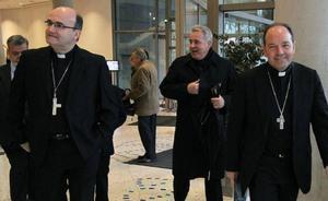 Los obispos de Euskadi, Navarra y Bayona piden «perdón» por sus «complicidades y ambigüedades» con ETA