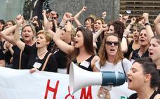 Las trabajadoras de H&M en Bilbao se manifiestan por segundo día consecutivo