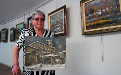 Begoña Garaizabal exhibe a sus 82 años un centenar de pinturas en Ezkurdi