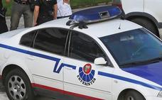 Dos detenidos por robar material deportivo de dos coches aparcados en Indautxu