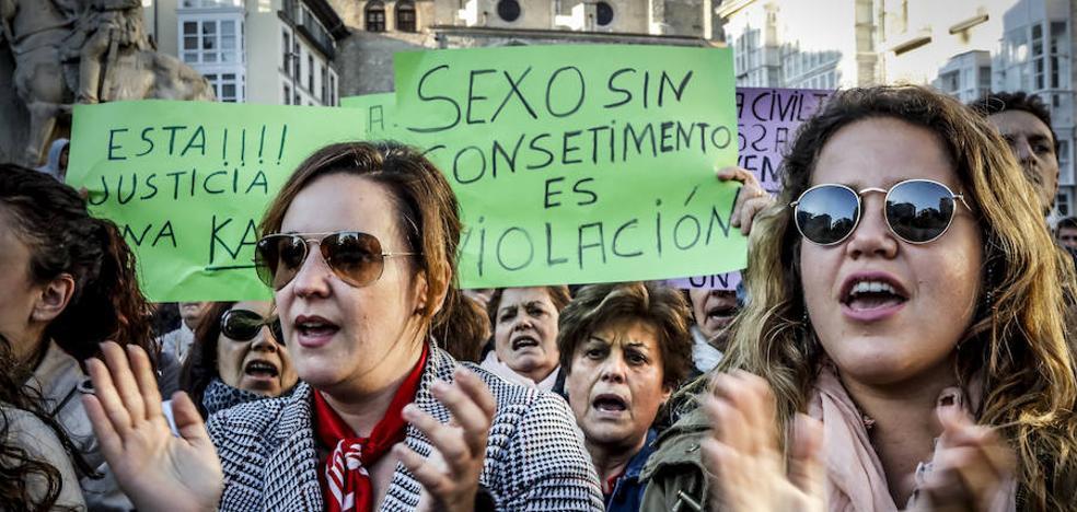 Vitoria se vuelve a echar a la calle contra la violencia machista