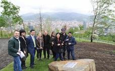 120 árboles para conmemorar el centenario de Viviendas Municipales