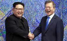 Las dos Coreas celebran una histórica cumbre con el compromiso de conseguir la paz