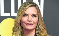 Michelle Pfeiffer, activa y esplendida a los 60 años