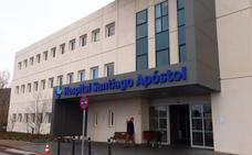 El Santiago Apóstol se queda sin cardiólogos y mantiene el servicio de Oftalmología al 50%