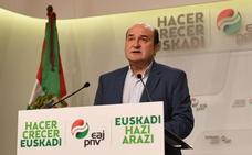 Ortuzar: «La sociedad vasca se quita hoy plomo de las alas para volar en libertad»