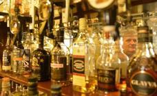 Eskoziako alkoholdun edariei gutxieneko prezioa ezarri izanak kontsumoa txikiagotzea espero dute