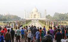 Las ciudades se protegen de los turistas