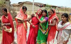 Violadas y quemadas vivas dos adolescentes en India