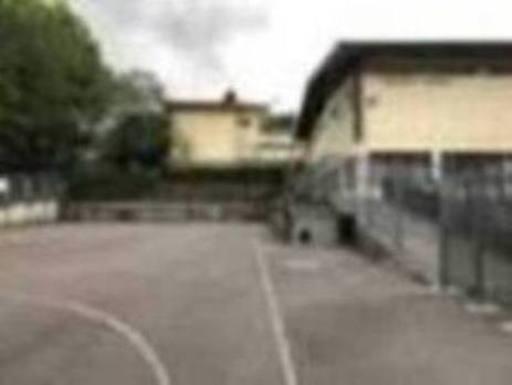 El patio de la escuela de Berriz se cubrirá y podrá utilizarse fuera del horario lectivo