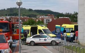 Ocho personas atendidas y 70 desalojadas en la piscina de Amurrio por un escape de cloro