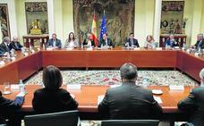 Rajoy evita aclarar ante las víctimas si habrá acercamiento de presos de ETA