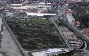 Leioa solicita a Fomento la cesión de la carretera de la ría para construir un bidegorri