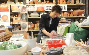 El reto del Museo de Ollerías: 24 horas modelando 'katilus'