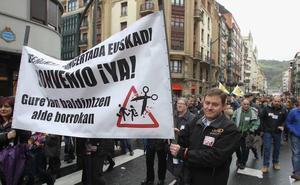 9.000 trabajadores de colegios concertados vascos están llamados a la huelga mañana y el miércoles