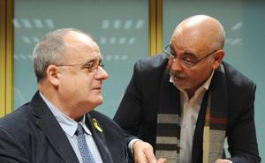 Las diferencias de los partidos obligan al Parlamento a aparcar la redacción del preámbulo del nuevo Estatuto