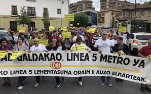 Las protestas para pedir la llegada del metro a Galdakao recalan el jueves en el hospital