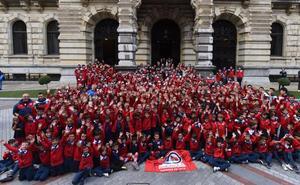 El centenario del Santutxu reúne a 400 niños en la Diputación