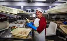 Bermeo y Lea Artibai acaparan el millar de empleos de las conserveras vascas