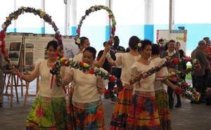 Basauri presume de su diversidad cultural con la organización de una feria