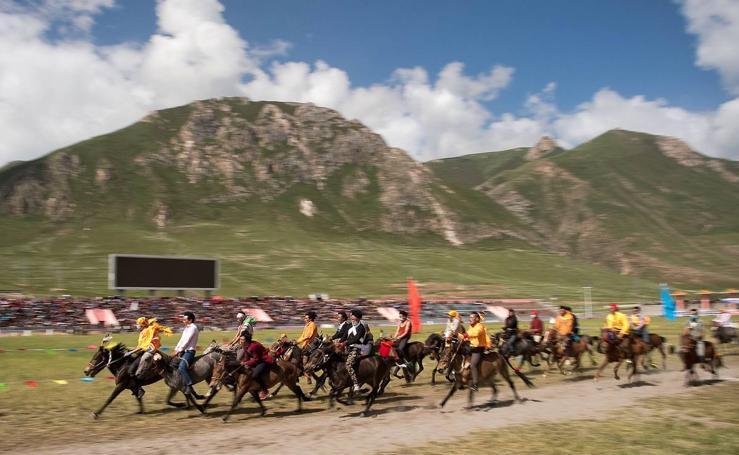 Al galope en el Tíbet