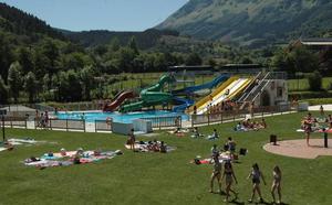 Elorrio invierte 200.000 euros para arreglar desperfectos en las piscinas abiertas en 2014