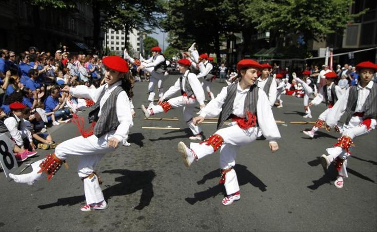 Bilbao celebra el Dantzari Eguna