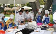 Niños y chefs juegan con la comida en favor de Aldeas Infantiles