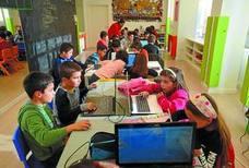 Gazte Robotika trata de despertar en Eibar el interés por la ciencia y la tecnología