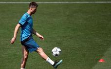Cristiano busca ingresar en el club de los cinco