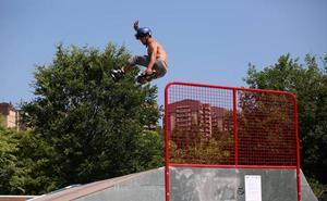 El Parque Europa de Txurdinaga ya cuenta con una nueva pista de skate