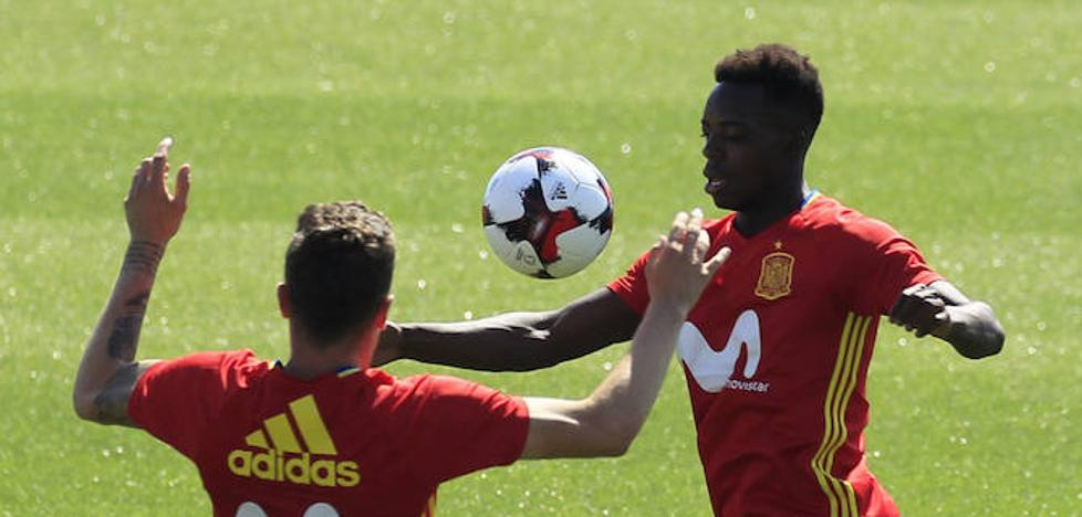 Williams, Núñez y Yeray reforzarán a España durante la preparación para el Mundial