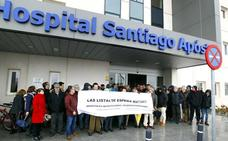 Convocan una nueva protesta contra las listas de espera en el Santiago Apóstol
