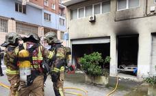 Sofocado un incendio en una lonja en Larraskitu