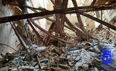 Los bomberos hallan el cadáver de uno de los dos obreros del edificio derrumbado en Madrid