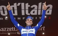 La primera crisis de Yates emociona el Giro