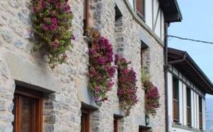Comienza el concurso de ornamentación floral de Orduña